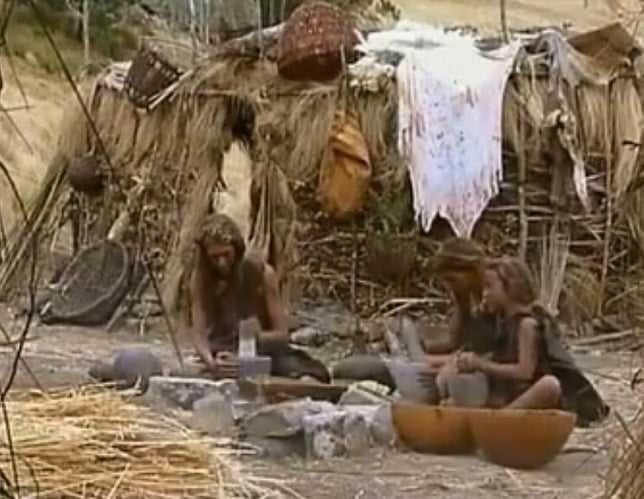 древние люди орудия труда