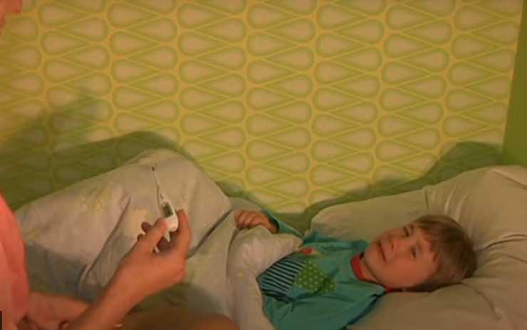 у ребенка скачет температура