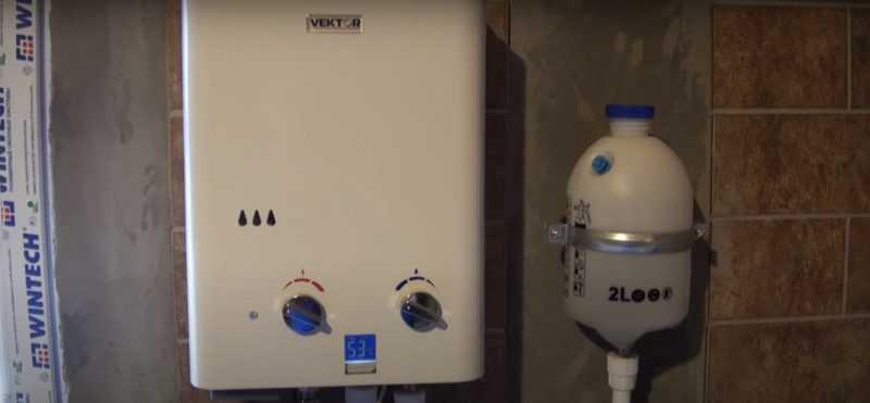 Плюсы и минусы бездымоходной газовой колонки, положительные и отрицательные отзывы владельцев оборудования.