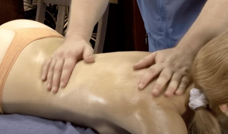 Релакс массаж выполнение