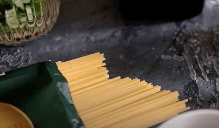 Почему макароны называют пастой