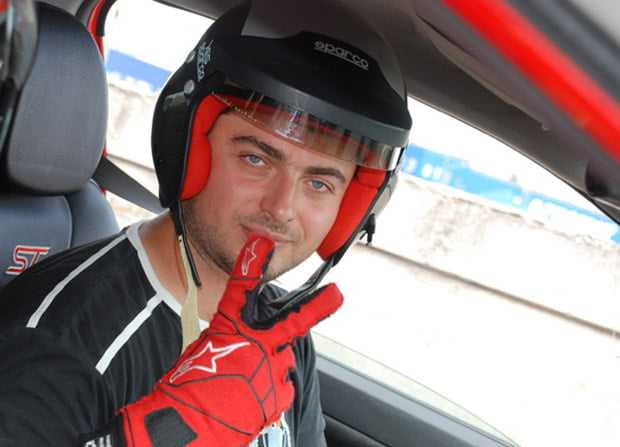 Сергей Кравец увлекается гонками
